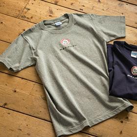 亀の子束子 ロゴ Tシャツ